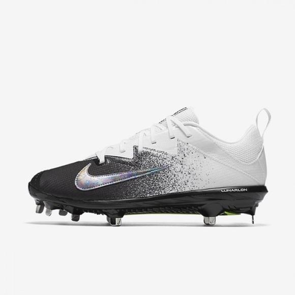 Nike Vapor Ultrafly Pro Baseball Cleats